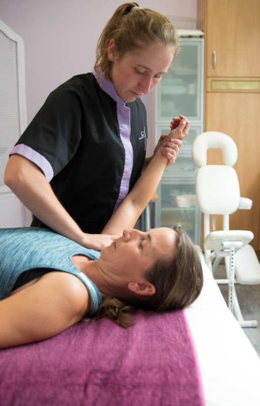 Tratamiento de fisioterapia y rehabilitación